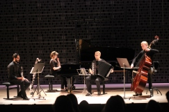 José Domínguez Almela, clarinet, Maritta Manner, piano & Aleksi Ruonavaara, double bass performing Quartet by R. Saunders